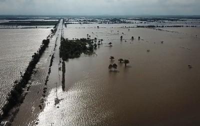 1 Jembatan Rusak Akibat Banjir di Kabupaten Penajam Paser Utara