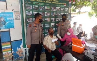 Gerai Vaksin Keliling di Desa Namo Sialang Targetkan 120 Orang