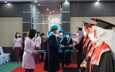 Poltekpar Medan Luluskan 382 Mahasiswa Tersertifikasi di Bidang Pariwisata