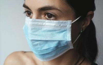 Seorang Wanita Terinfeksi Covid-19 Selama Hampir Setahun