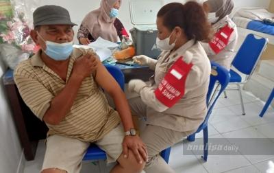 Ratusan Masyarakat Asahan Serbu Vaksinasi Massal