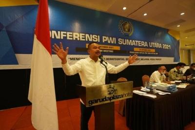 Farianda Ketua PWI Sumut, Syahrir Terpilih Sebagai Ketua DKP