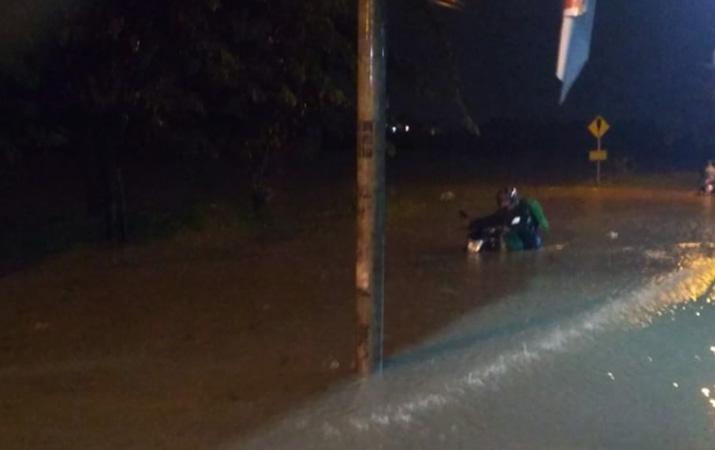 evakuasi-korban-banjir-bandang-sentani-diintensifkan-50-orang-meninggal-dunia