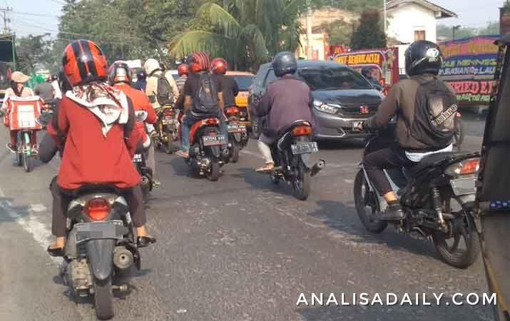 rabu-pagi-arus-lalu-lintas-kota-medan-relatif-lancar