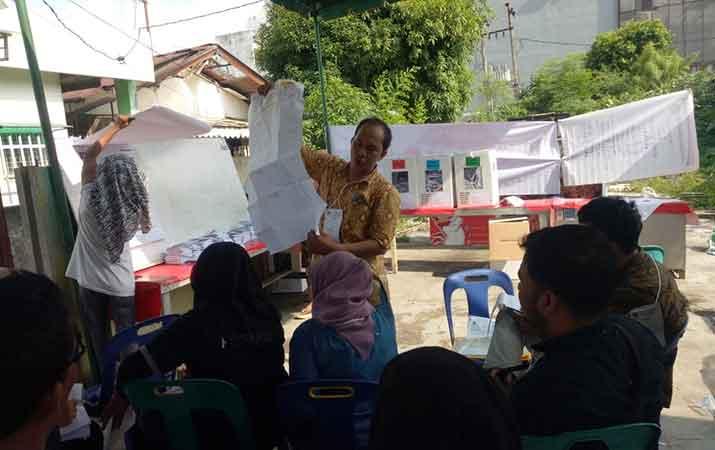 jokowi-raih-103-suara-prabowo-75-di-tps-5-kelurahan-jati
