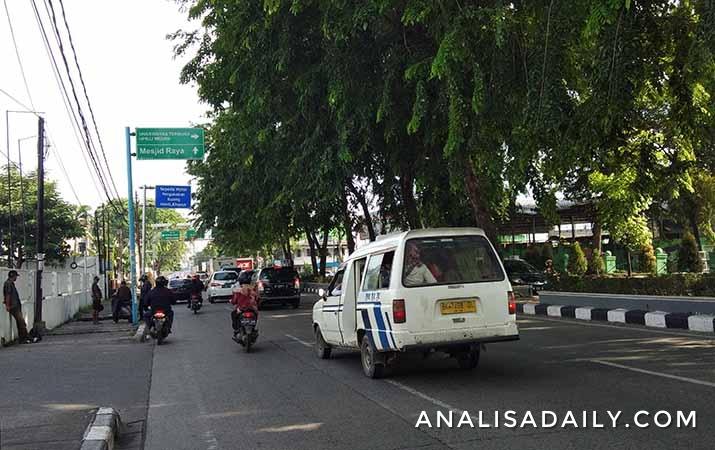 libur-nasional-peringatan-hari-buruh-lalu-lintas-pagi-di-medan-lancar
