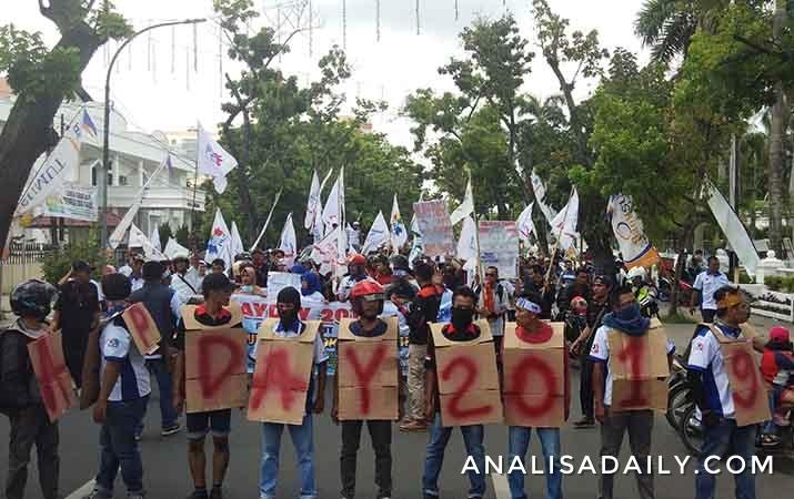 may-day-2019-massa-buruh-geruduk-kantor-gubernur-sumut