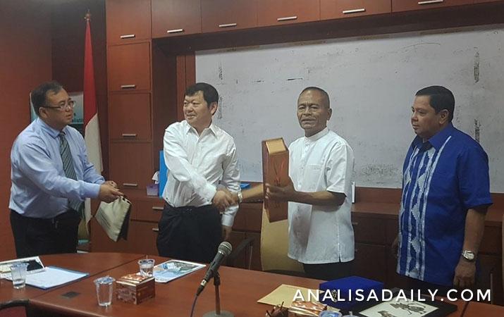pwi-terima-kunjungan-delegasi-wartawan-china-acja