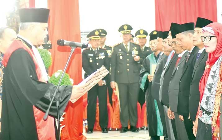 30-anggota-dprd-paluta-dilantik