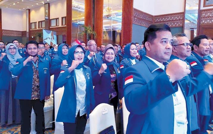 anggota-dprd-dari-demokrat-ikuti-pembekalan