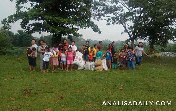 siswa-alam-bukit-hijau-ambil-bagian-dalam-world-clean-up-day-2019